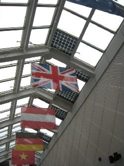 国際交流センターに設置された太陽光パネル